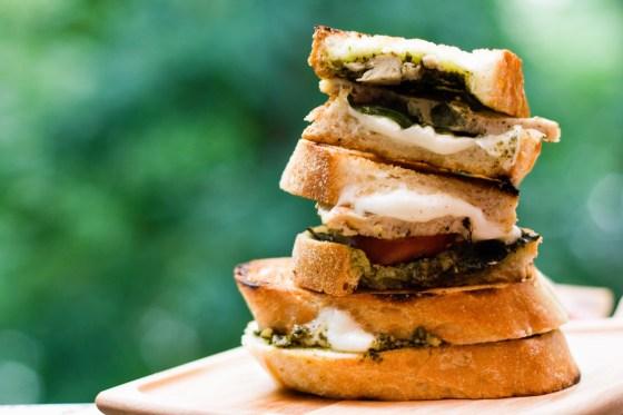 Chicken-Caprese-Sandwiches