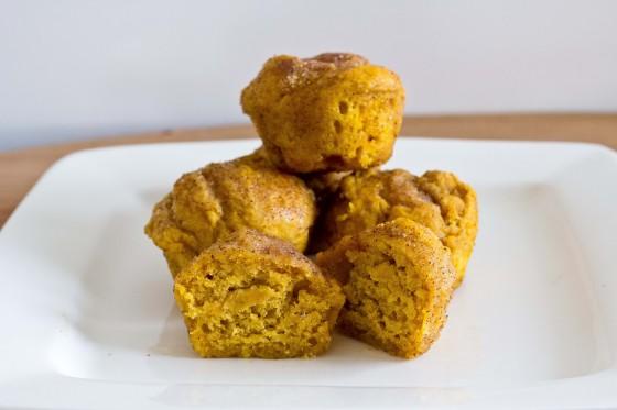 Pumpkin-Doughnut-Muffins (1 of 2)