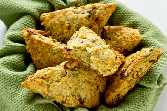 Bacon-and-Cheddar-Scones-2